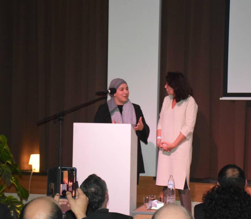 Fatima Bouchataoui en staatssecretaris Bianca Debaets